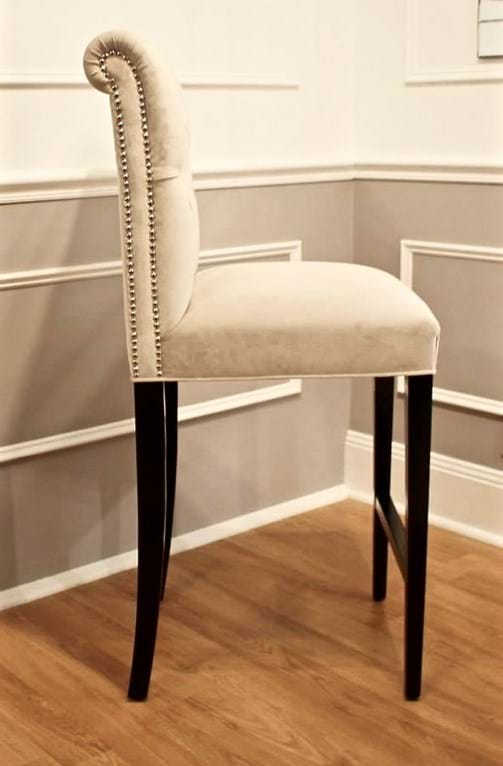 dining chair arm chair lounge chair chesterfield  : 10933770 1121789081169531 8929768249919169399 n 1 wfdsfakqnvwhjpgheight766ampmodecropampupscaletrueampwidth502 from www.classicfurnishings.com.au size 503 x 766 jpeg 53kB