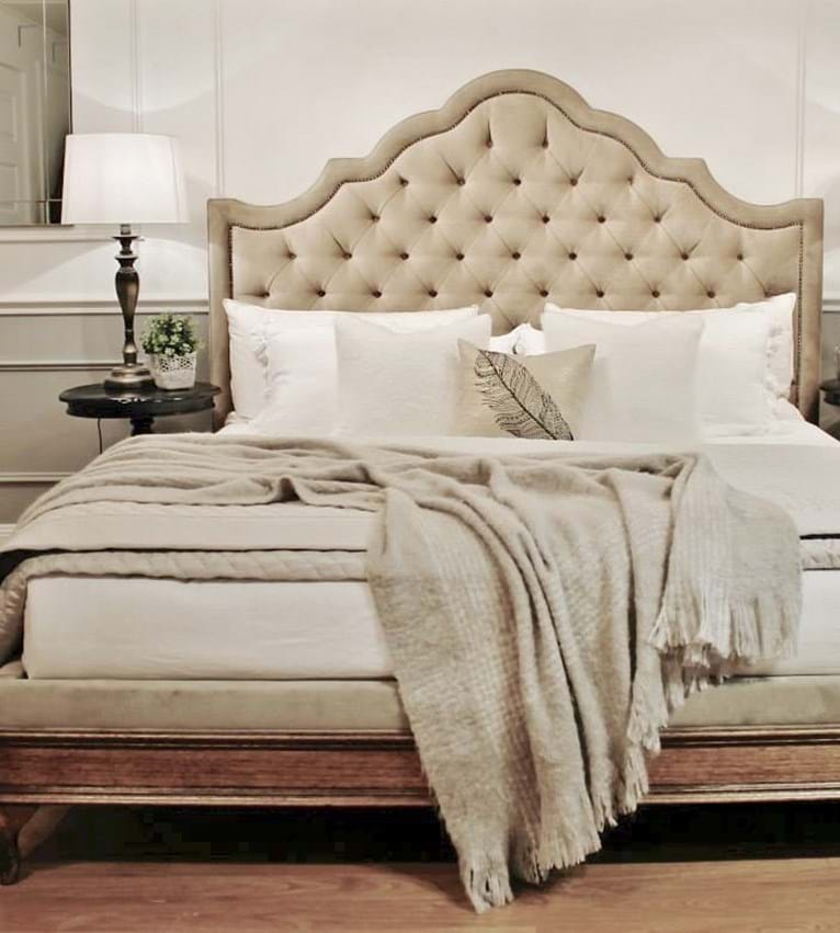 upholstered beds, upholstered bedheads, headboards, buttoned bed, buttoned bedhead, chesterfield, tufted, diamond buttoning, bed heads, custo